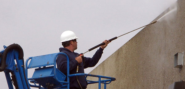 Pearland commercial power washing