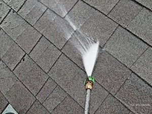 Pressure-Washing-roof